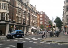 7 Newburgh Street